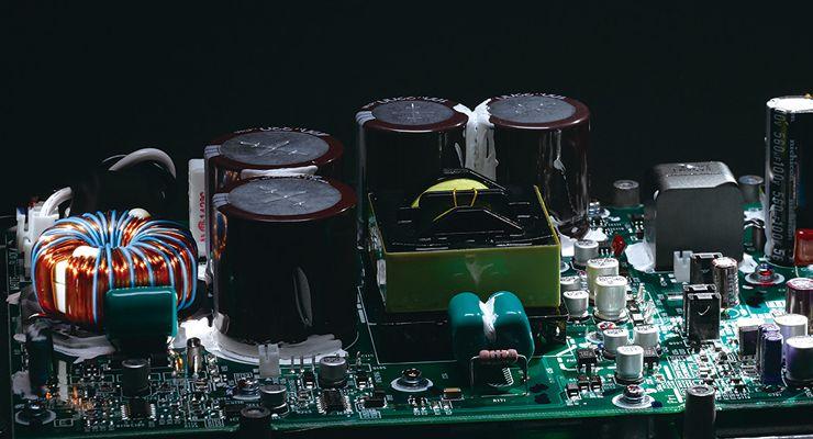 Loa Active Yamaha DXS15MKII